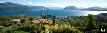 For sale Villa on Lake Maggiore Stresa