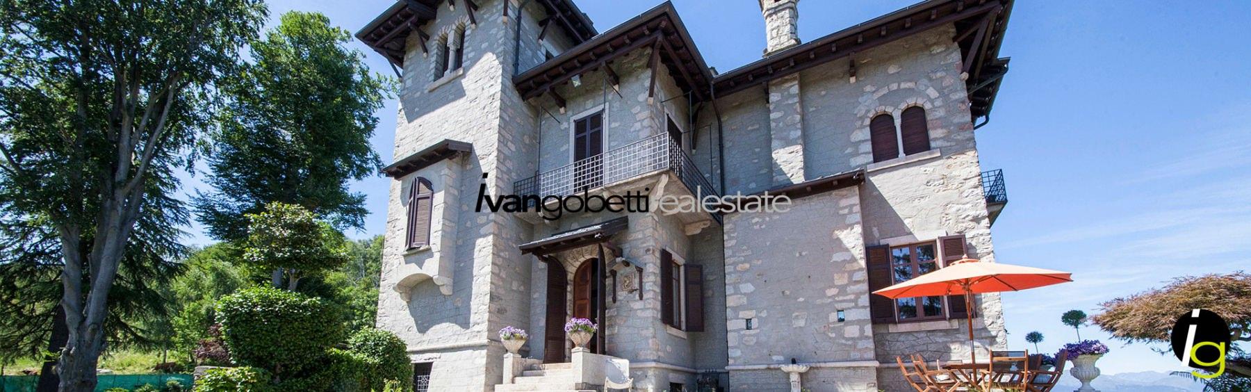 Vendesi villa con spettacolare vista Lago Maggiore, Stresa