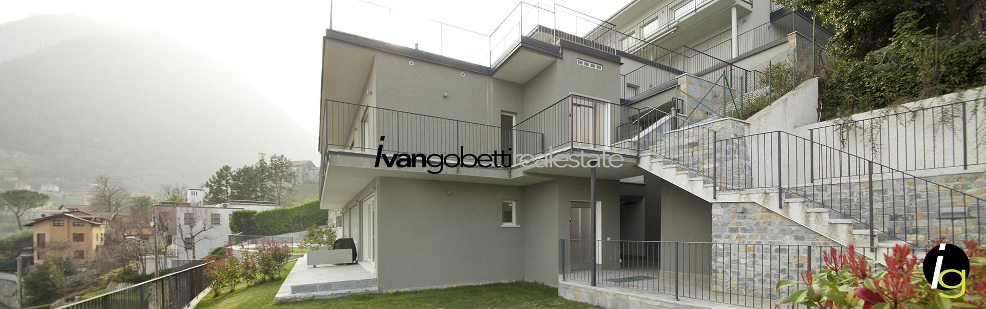 In vendita penthouse in residence con piscina e vista lago di Como