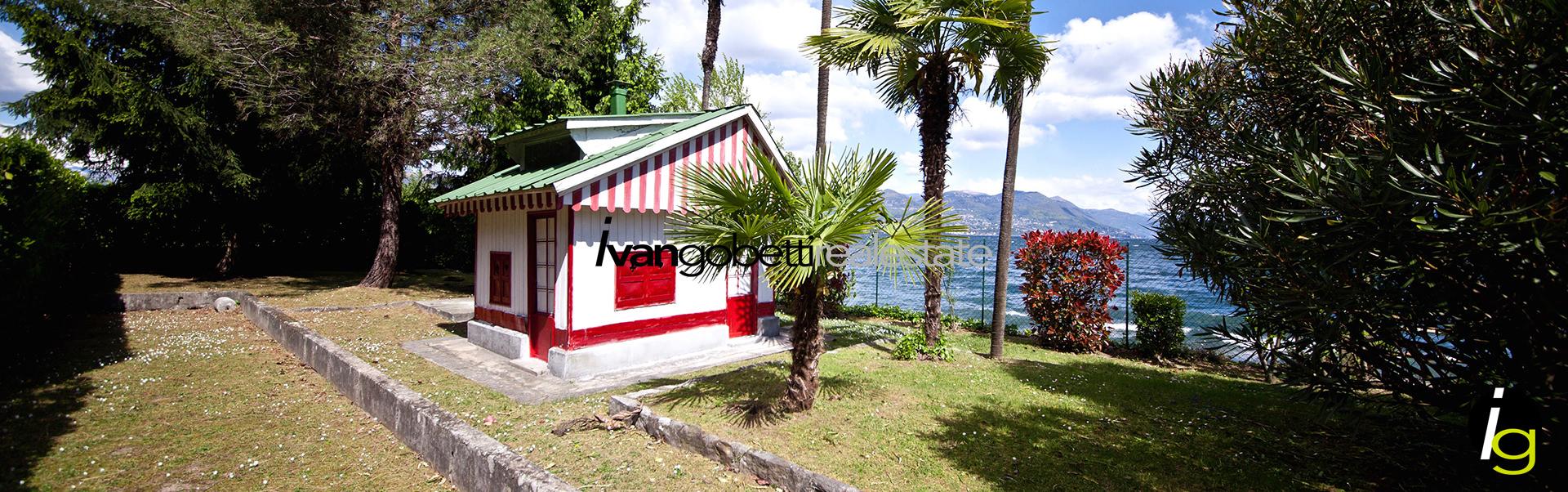 Lago Maggiore Stresa fronte lago vendesi appartamento
