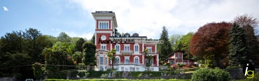 Lake Maggiore Stresa water front charming apartment for sale