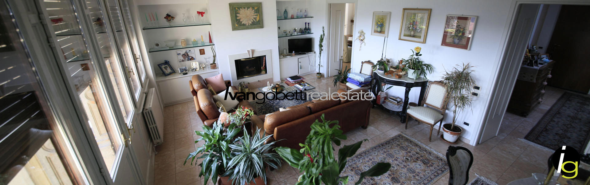 Appartamento in villa d'epoca con ampio parco sul Lago Maggiore