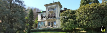 Apartment in historic villa with swimming pool on Lake Maggiore