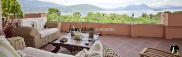 Modern villa with garden and Lake Maggiore view