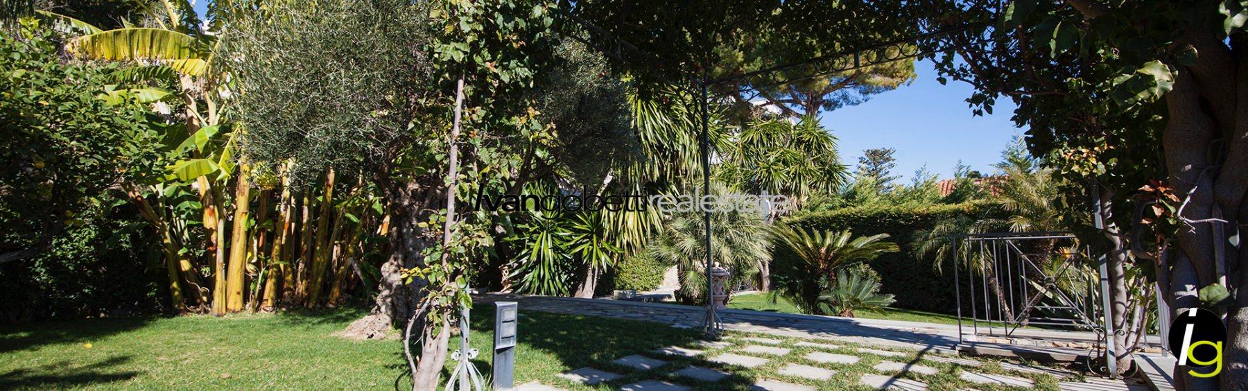 Liguria, Bordighera villa moderna in vendita