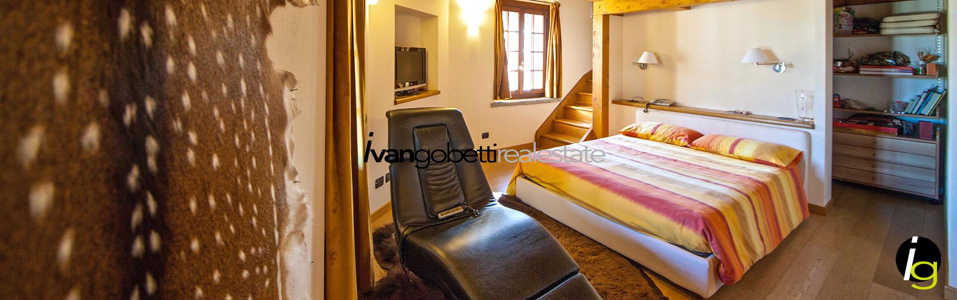 Castelletto Ticino, along the shores of river Ticino magnificent Villa for sale
