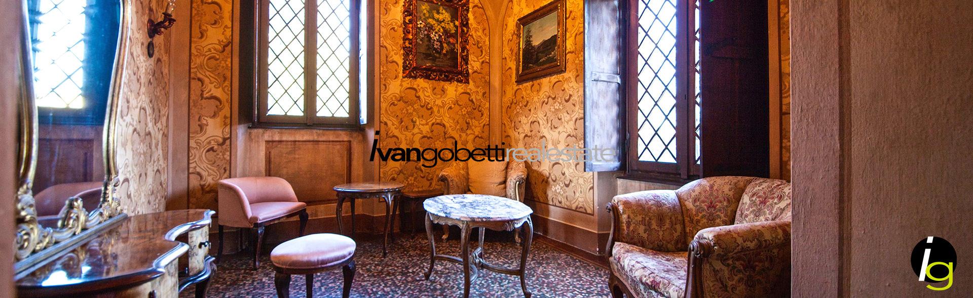 Borgomanero, in vendita affascinante Castello del 1700 con giardino