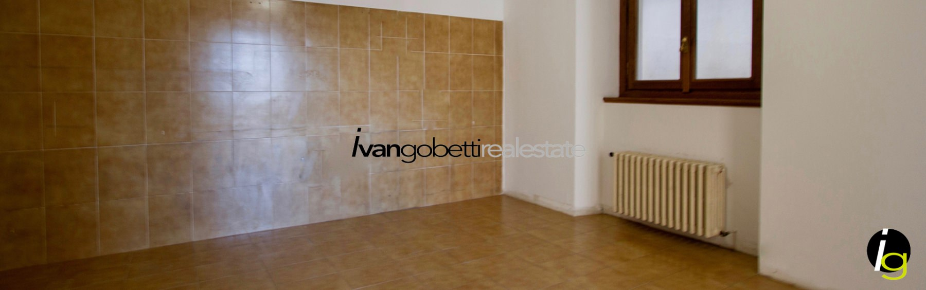 Lake Como, Cernobbio, Villa for sale with lake view.