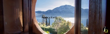 Lake Como, Mezzegra villa for sale with view