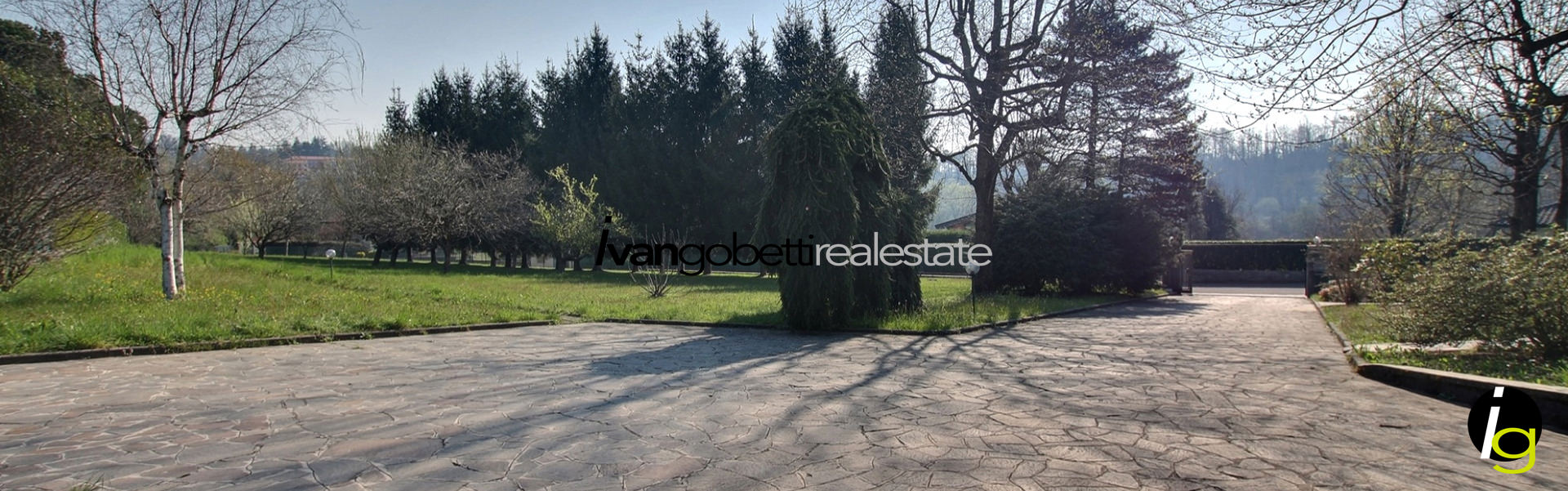 For sale building area on Lake Como Lipomo