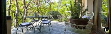 Vendesi lussuosa villa con parco a Luino, Lago Maggiore