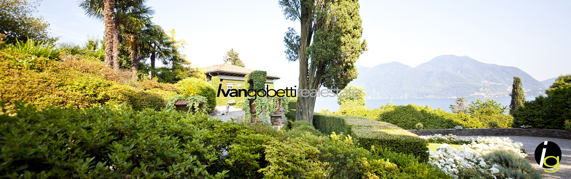 For sale important and elegant Villa with park and swimming pool