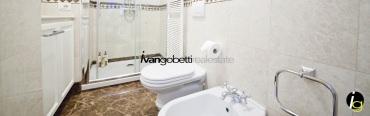 For sale villa in Milan, in the center close to path Vercelli