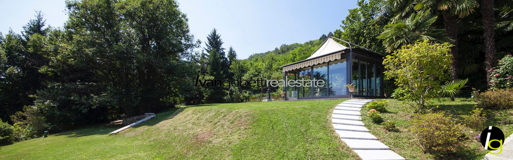Luxury villa with pool on Lake Maggiore