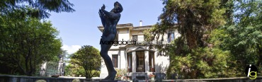 Luxury vintage villa for sale on Lake Maggiore Stresa
