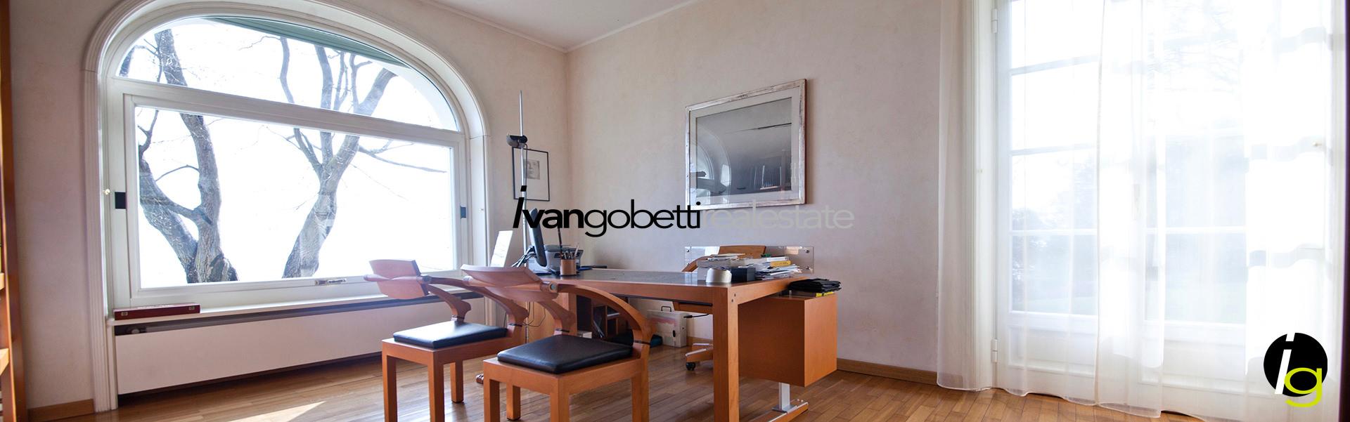 Vendesi,Lago Maggiore,Verbania Villa con parco e vista Golfo Borromeo
