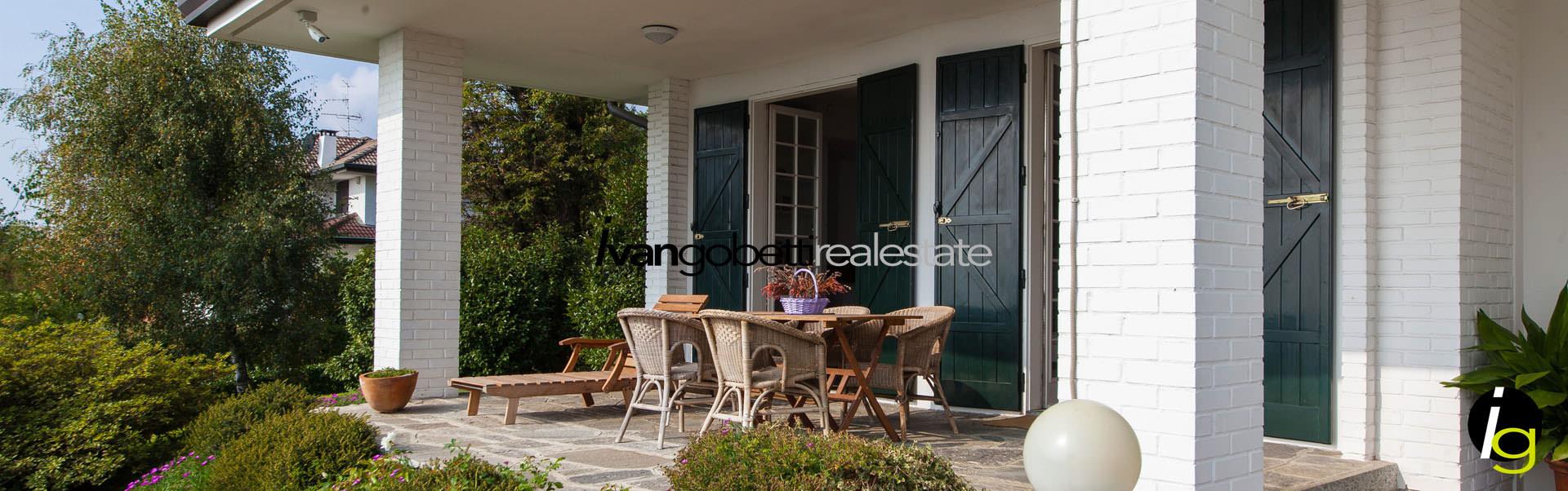 For sale villa in Massino Visconti Lake Maggiore