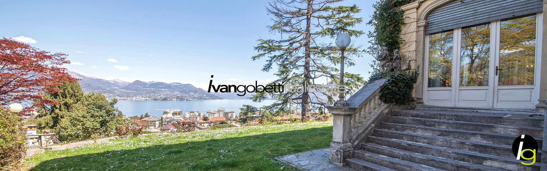 For sale vintage villa with park in Stresa Lake Maggiore