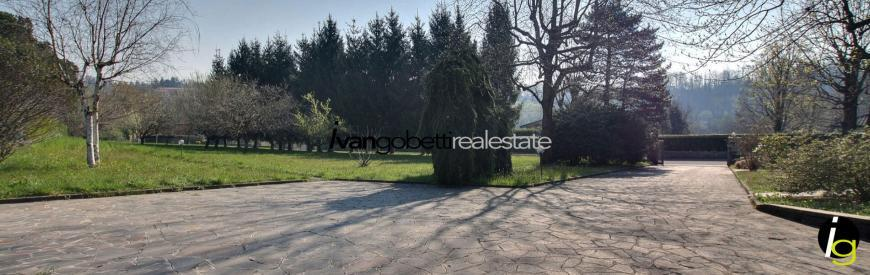 For sale building area on Lake Como Lipomo
