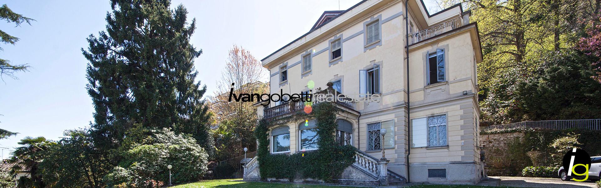 In vendita villa d'epoca con parco a Stresa Lago Maggiore