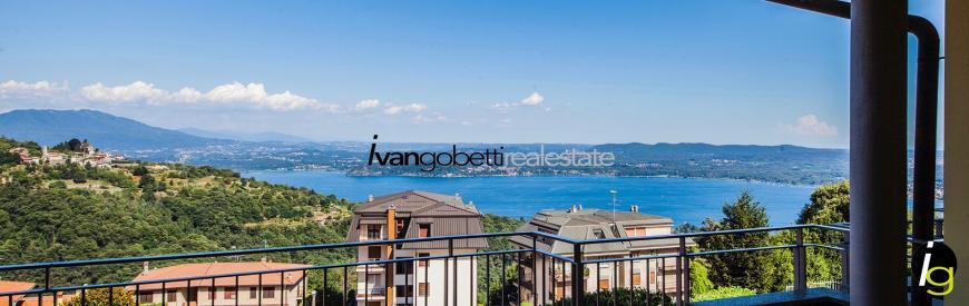Lake Maggiore, Villa with view and garden for sale